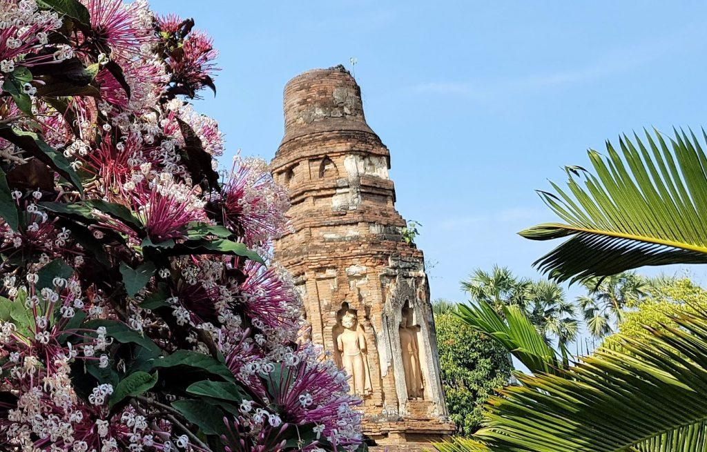 Wat Chamthewi in Lamphun