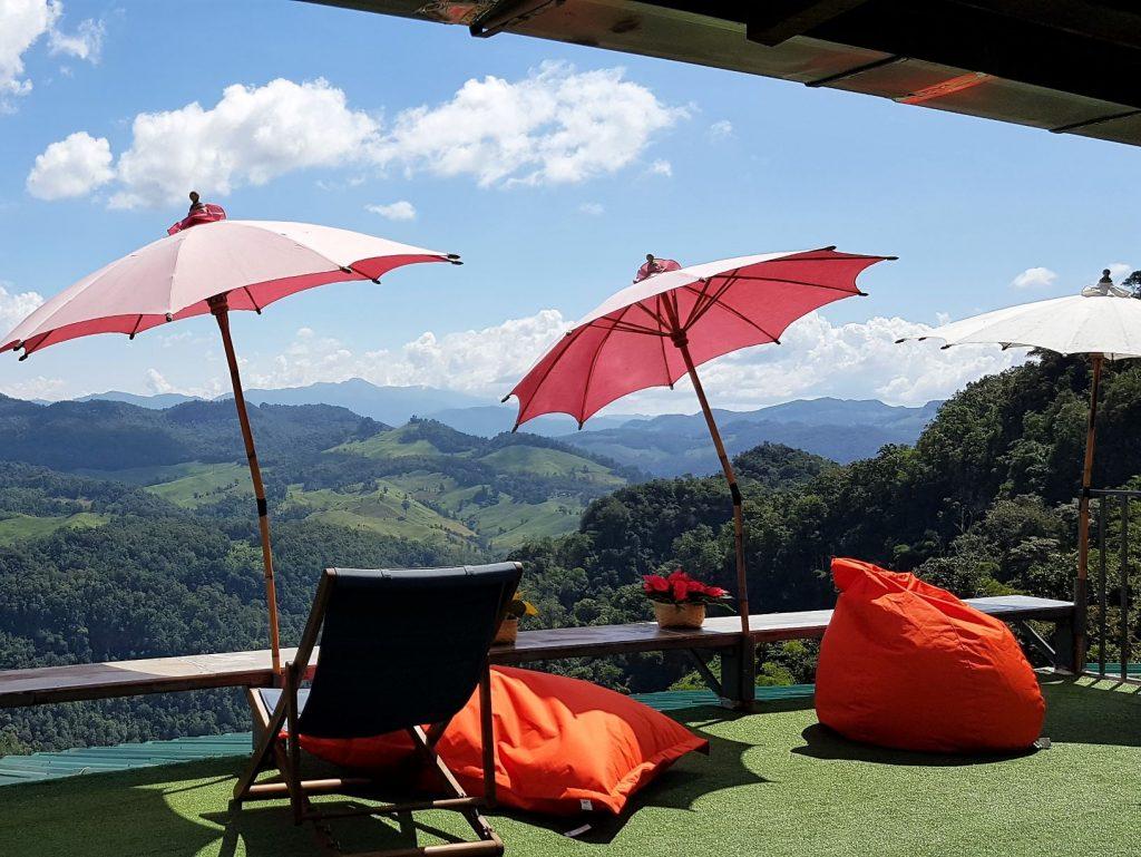 relaxen met bergzicht in noord Thailand